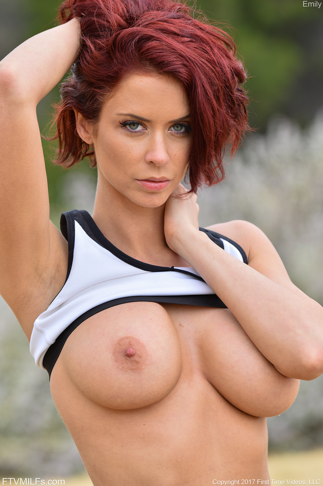static ftvmilfs galleries emily her morning workout 4