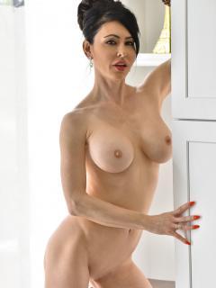 Sexy Elegant Look