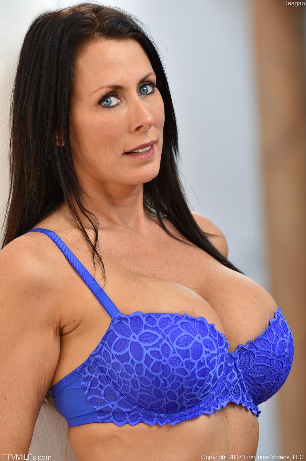 Slut!!! splendid!!!!!!!!!!!!!!!!!!!!!!!! busty promo model favourite